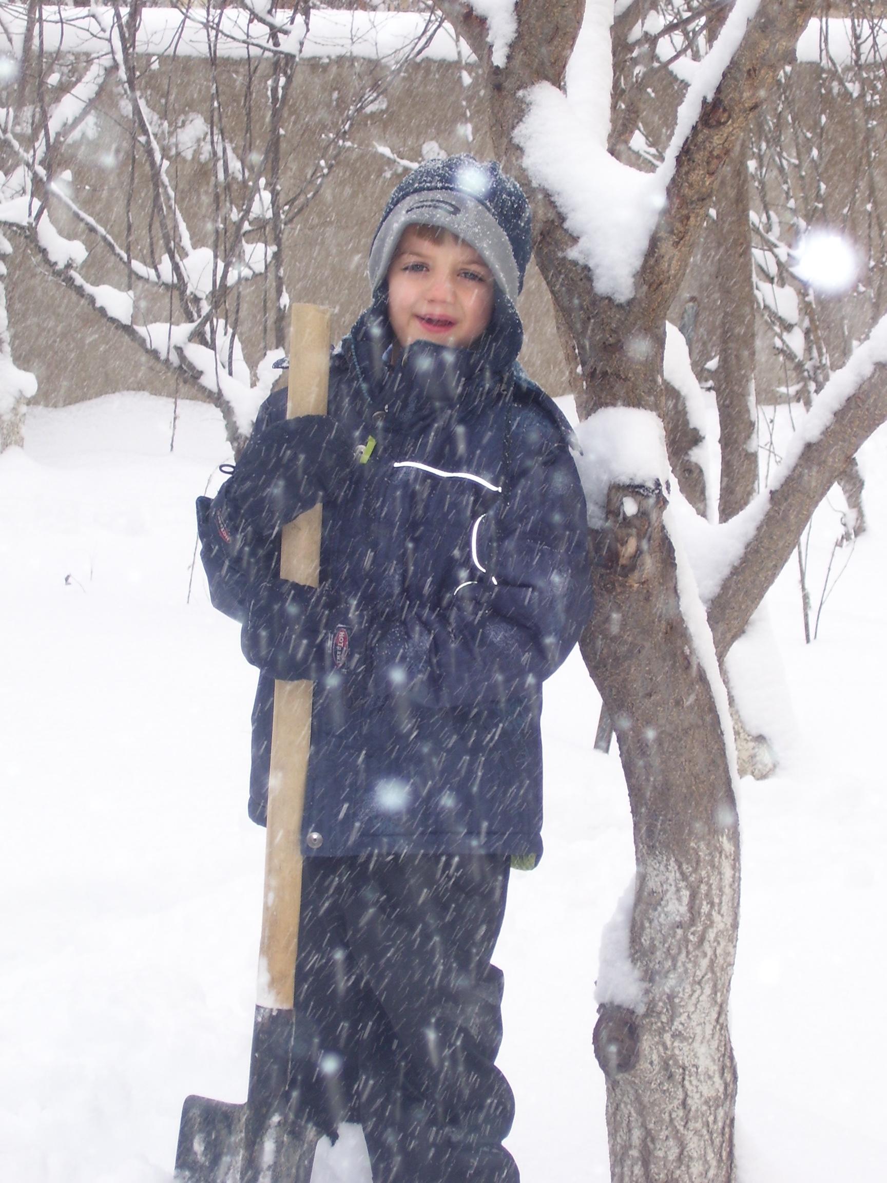 jacob-in-snow.JPG